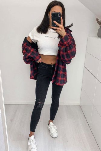 Crop Top With Black Jeans Outfit #flannelshirt