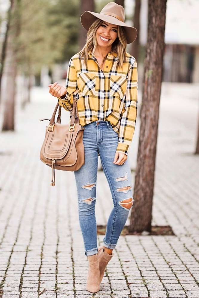 Flannel Shirt With Jeans Outfit #rippedjeans