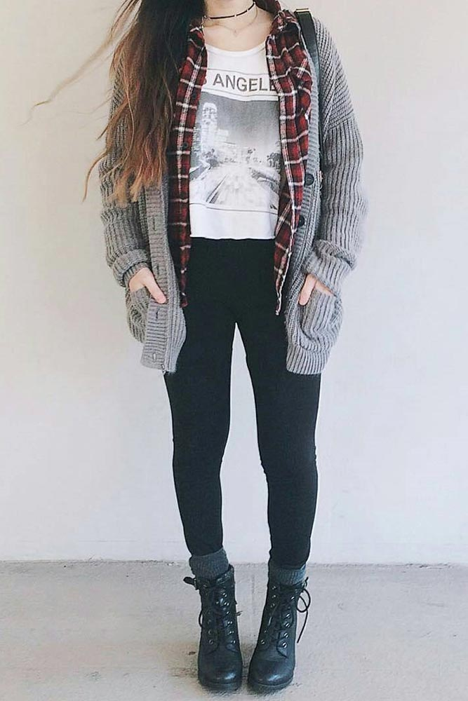 Popular Outfit Looks with a Flannel Shirt picture 3