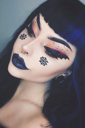 Bat Eyes Makeup Idea #web #bats