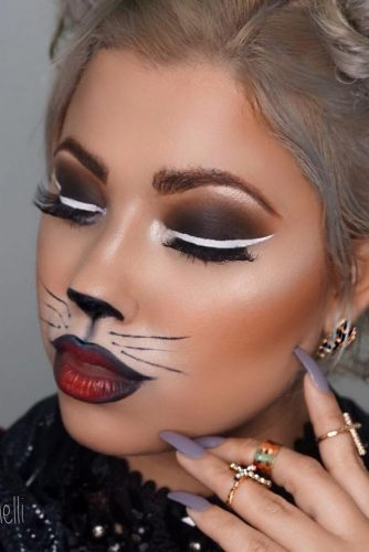 Pretty Halloween Makeup Looks picture 6