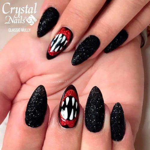 Jaws & Claws #spookynails