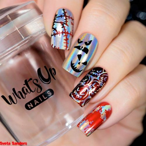 Holographic Scary Nails #holographicnails #scarynails