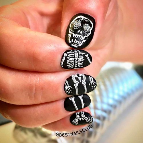 Pretty Skeleton Nail Design #skeletonnails #scarynails