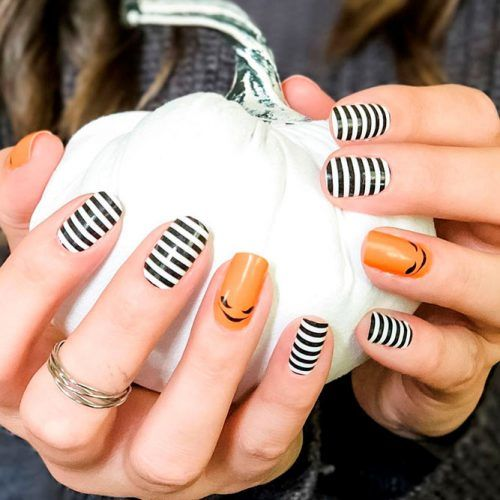 Scary Striped Nail Art For Halloween #stripednails