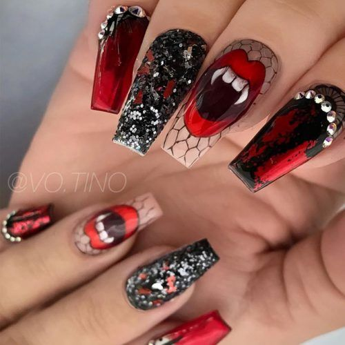 Vampy Halloween Nails Design #vampyart #glitternails