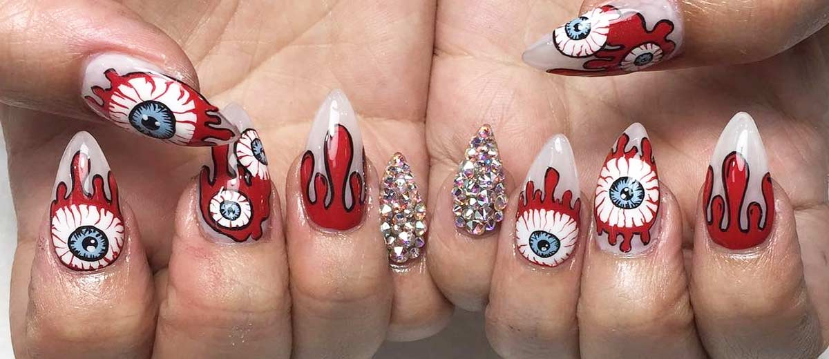21 Cool and Easy Halloween Nail Ideas