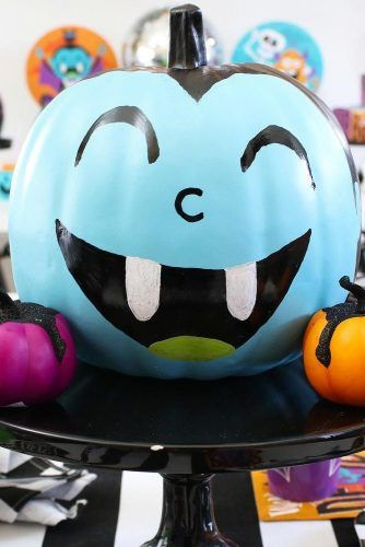 Blue Pumpkin Vampire Decoration Idea #vampire