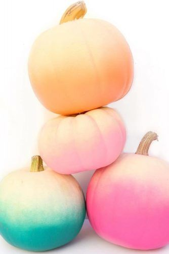 Ombre Pumpkins Decor #ombredecorations
