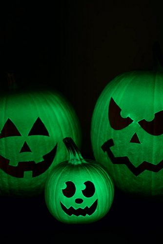 Popular DIY Halloween Decorations with Pumpkins picture 5