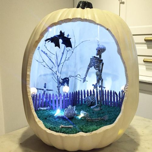 Die-o-Rama Pumpkin Decor Ideas #dieorama #skeleton