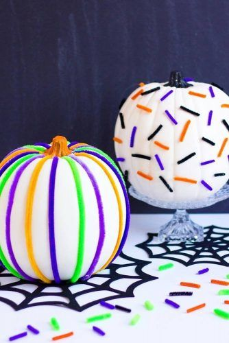 Colorful Pipe Cleaners Pumpkin Decorations #stripesdecorations
