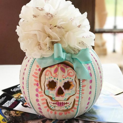 Sugar Skull Pumpkin Decor Idea #sugarskull #pattern