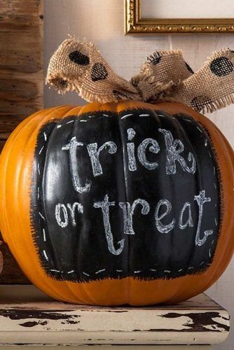 Trick Or Treats Pumpkin Decoration #bow #signdecor