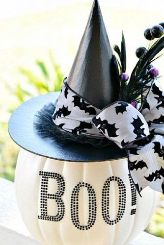 Witch Pumpkin Decoration Idea #witchpumpkin