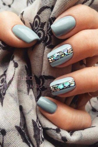 Soft Gray Blue Nails Art