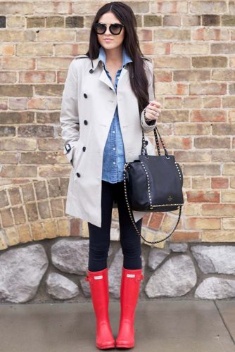 Cute and Comfy Outfit Idea with Red Boots
