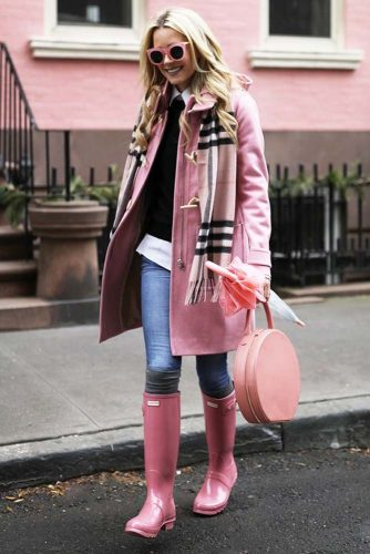 Adorable Rainy Day Outfit Idea