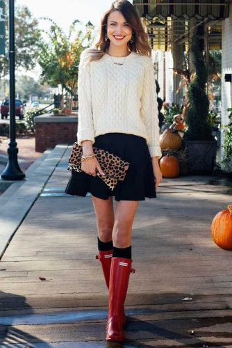 Black Skirt Look for Your Fall Outfits