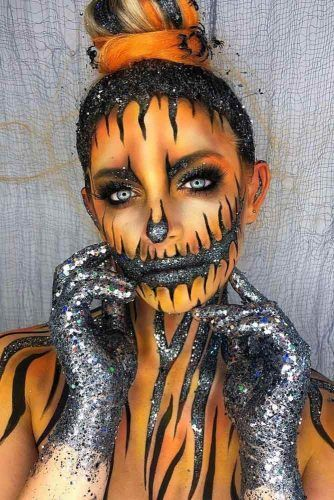 Glittery Skeleton Makeup Idea #glittermakeup