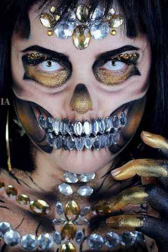 Greed Skeleton Halloween Make Up Idea