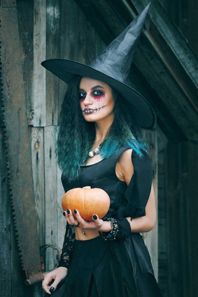 Witch Halloween Look