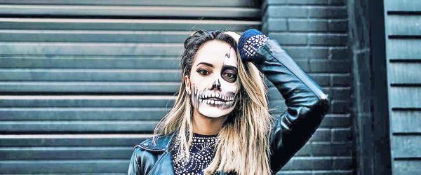 15 Really Cool Skeleton Makeup Ideas to Wear This Halloween