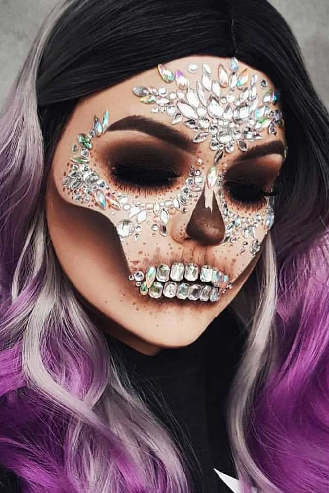 Crystals Skeleton Makeup With Brown Smokey #smokey #glamskeleton
