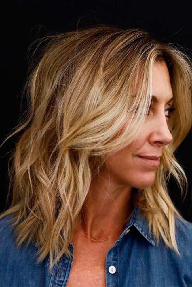 Dirty Blonde With Layers And Highlights #blondehair #hairhighlights
