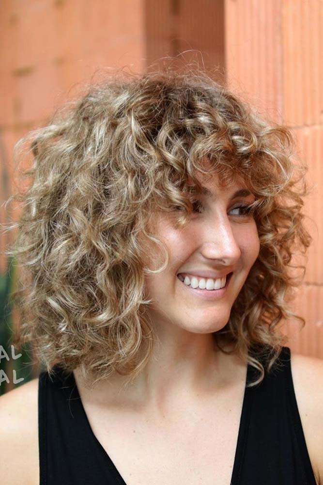Curly Mid-Length Bob #curlyhair #midlengthcuts