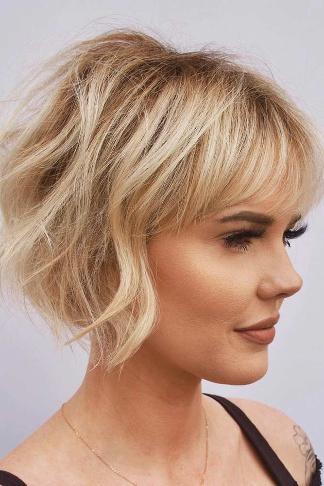 Chin-Length Choppy Bob With Bangs #choppyhairstyle #bangs
