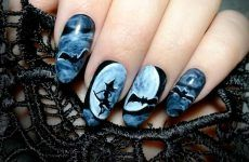 Cute And Creepy Halloween Nail Designs