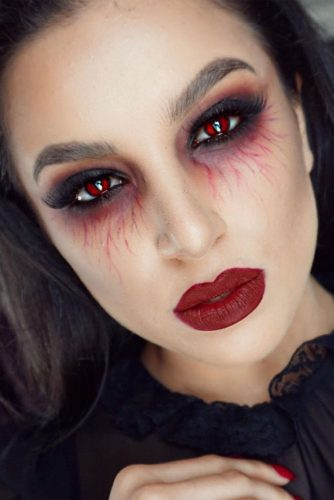 Popular Vampire Makeup Ideas picture 3