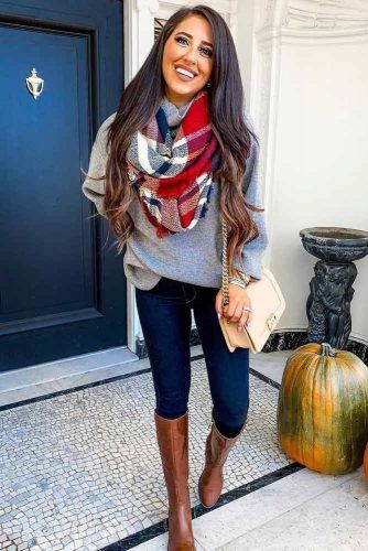 Jeans With Oversize Sweater #plaidscarf #oversizesweater