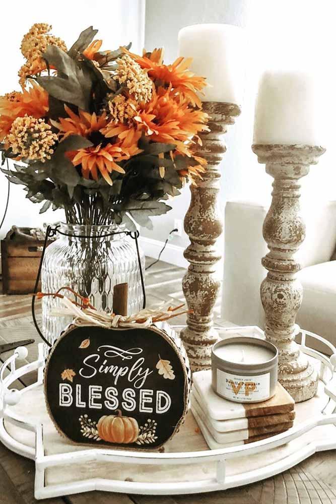 Wooden Candles Holders With Pumpkin Decorations #woodpumpkin