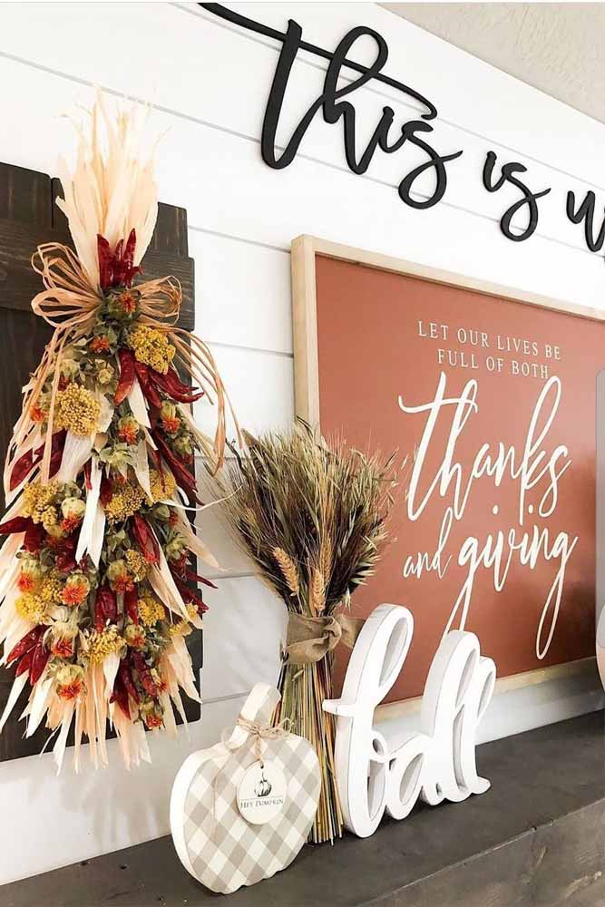 Thanksgiving Frame With Flowers Decoration Idea #flowers #frame