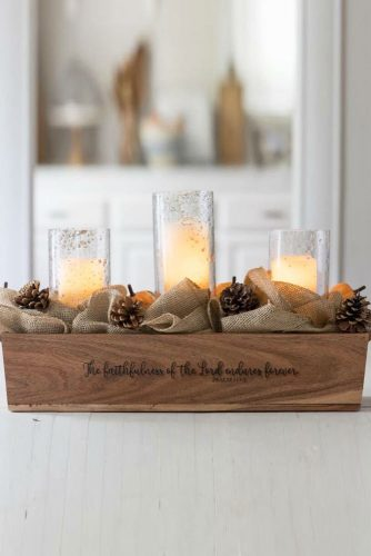 Candle Thanksgiving Centerpiece Design #candle #centerpiece
