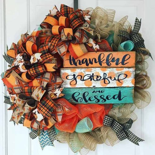 Thanksgiving Wreath With Ribbons And Wodden Letterings #rustic
