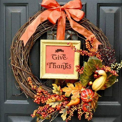 Thanksgiving Wreath With Wood Frame #wreath #doordecor