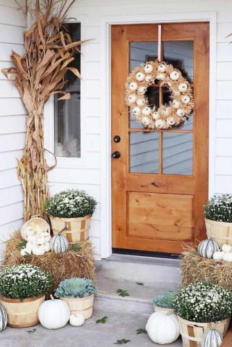 Rustic Front Porch Decorations #outdoordecor #frontporch