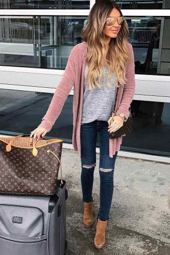 Newest Fall Travel Outfits picture 6