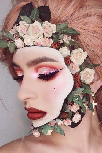 Flower Optical Illusion Makeup Idea #flowerface #opticalillusion