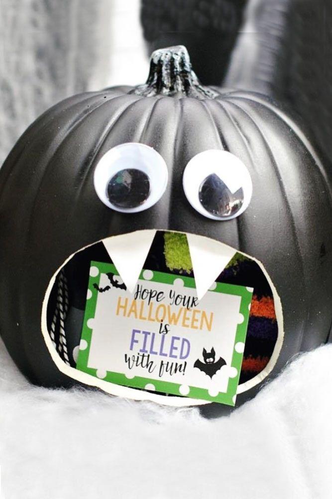 Black Bats Pumpkin Carving Idea #blackbats