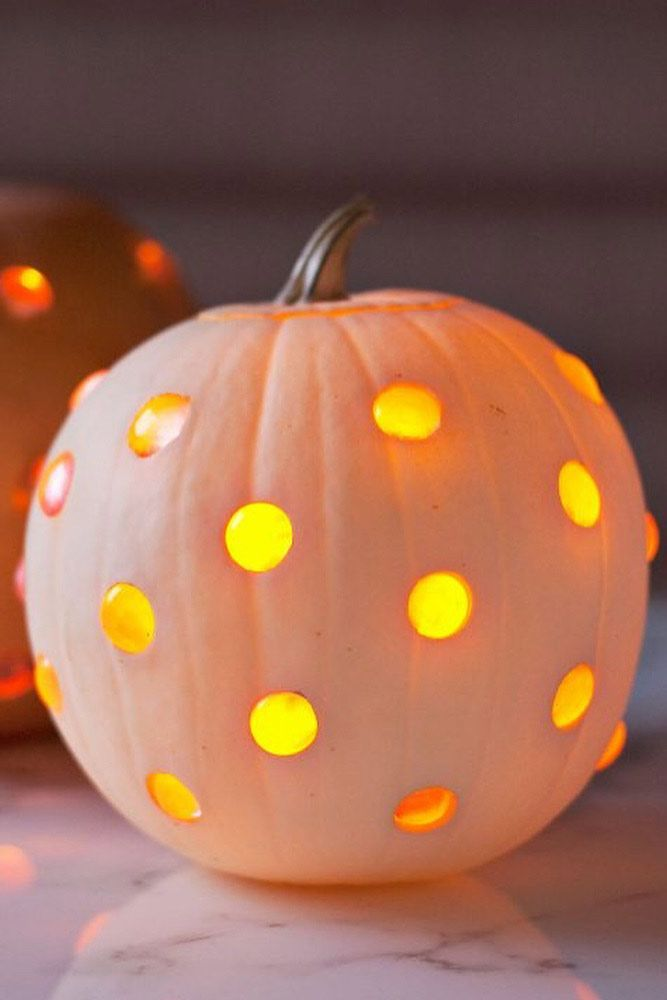 Glass Marble Pumpkin Carving Idea #glasspumpkin