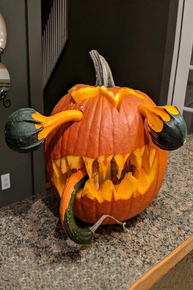 Monster Pumpkin Carving Idea #monster #eyeball