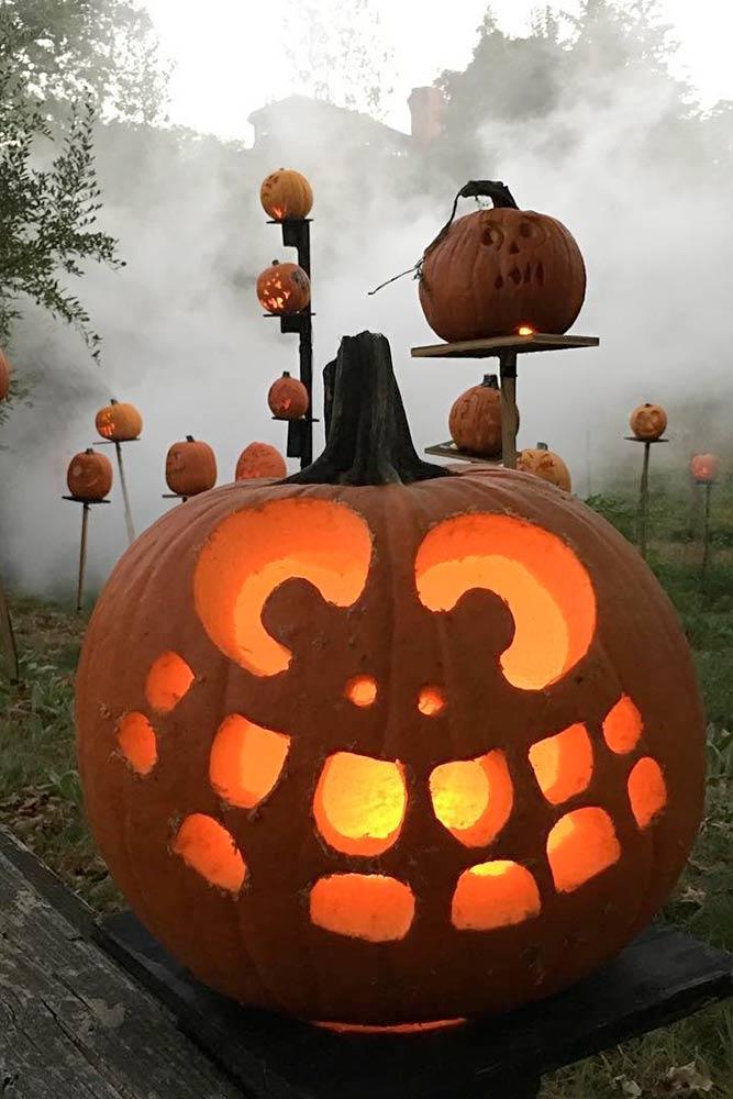 Spooky Pumpkin Carving Ideas picture 3