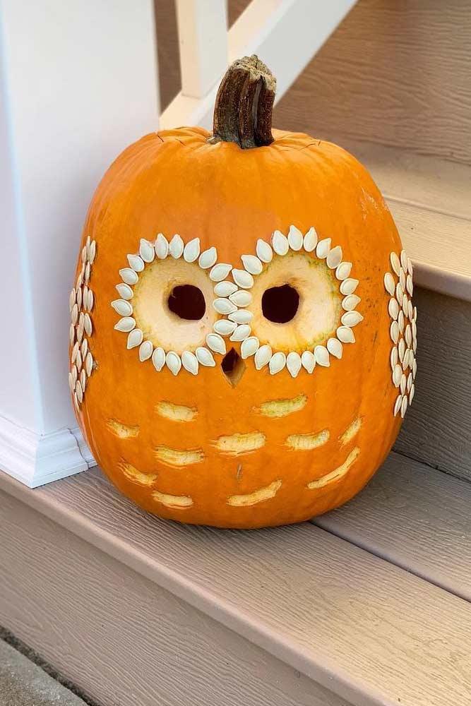 Cute Owl Pumpkin Carving Idea #owlpumpkin