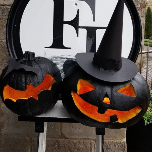 Black Pumpkin Carving Ideas #bats #witch