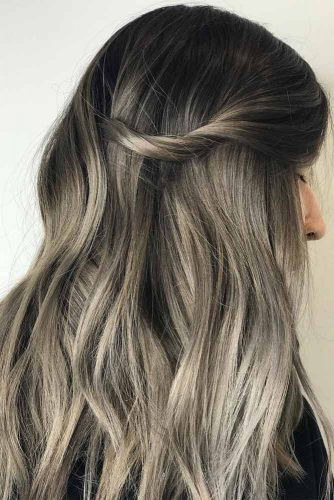 Grey Colored Hair Highlights Picture3