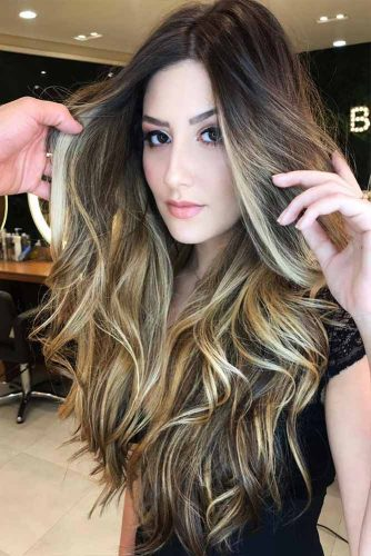 Long Layered Hair with Highlights Picture 2